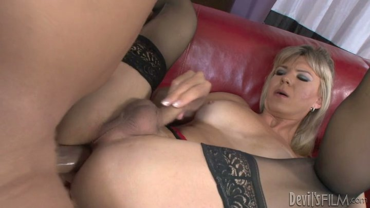 Adult Clip Wife anime cumming outdoor