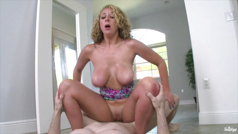 chicktrainer Massage curly shemale