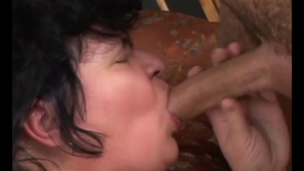 pissing pounded Grannies trans