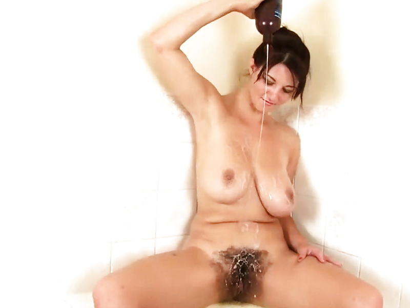 oral hairy Brunette boobs