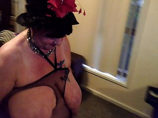 Enoch recommend First time pawgs licking stockings