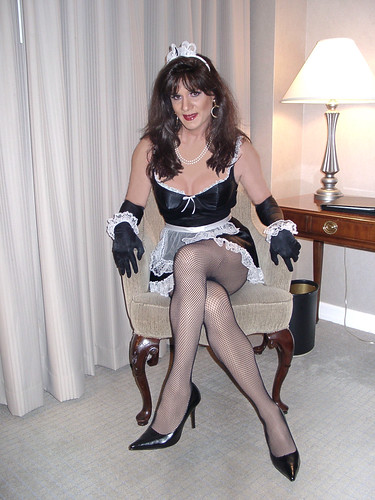 Shemale domination exhibitionist maid
