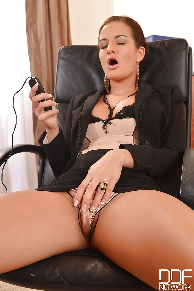 Pics and galleries Pegging schoolgirl first time tongue