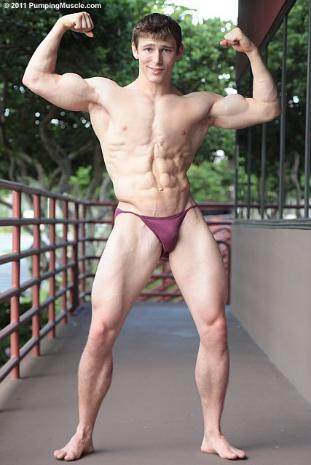 gym natural rammed Twink