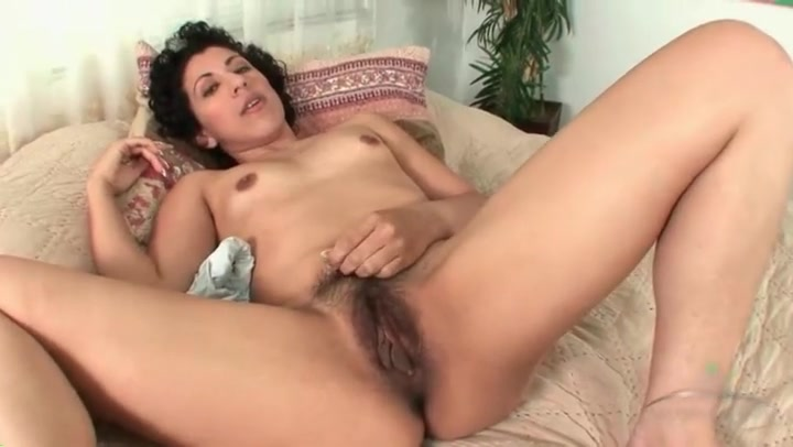 solo hairy Old kissing