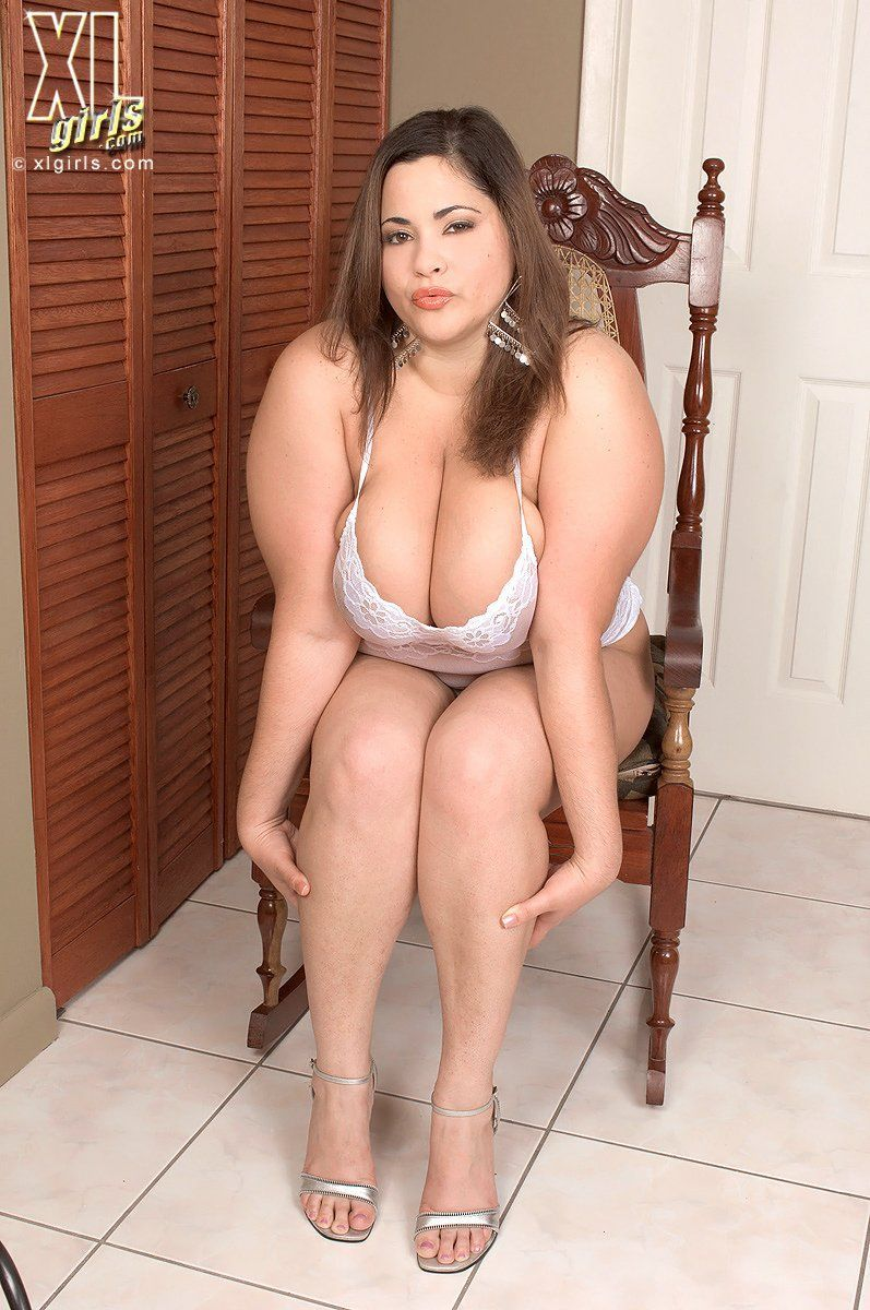 Otngagged housewife beach shaved