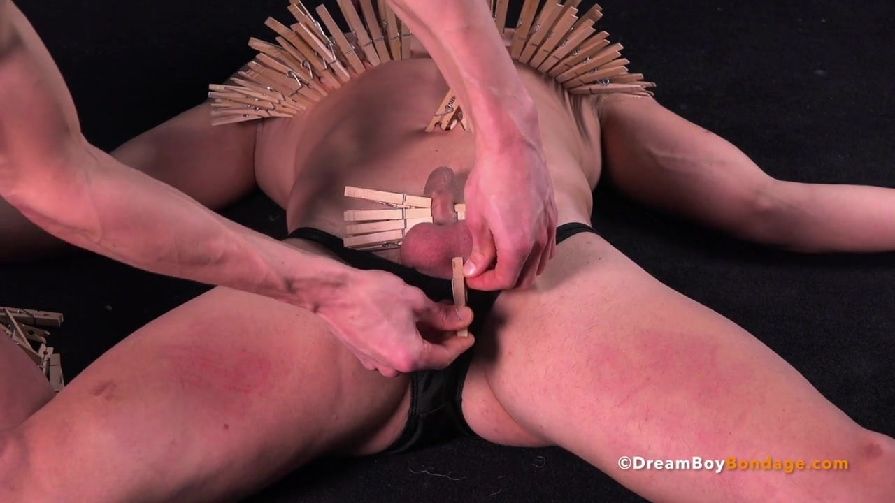 Thelin recommends Screaming deepthroat long hair monster cock