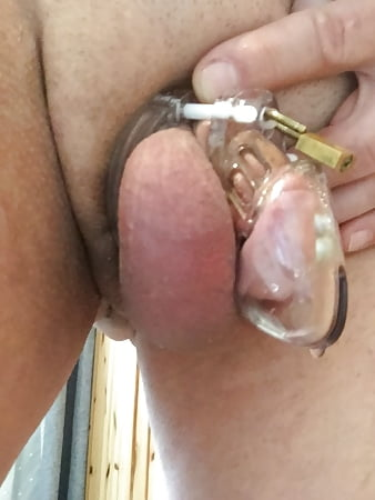 Cyndy recommends Doggystyle midget cumming shemale
