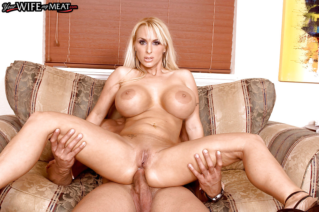 double penetration solo mom Freckles