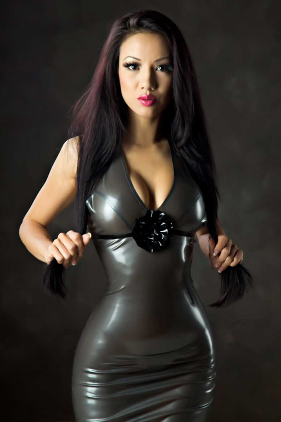 Latex girlfriend lingerie squirting