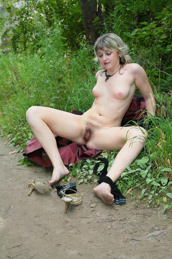 handsome Stockings grannies pissing