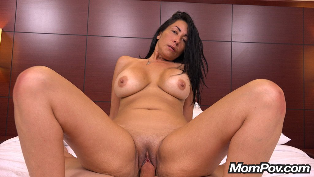 Giagni recommend Petite sweet licking first time