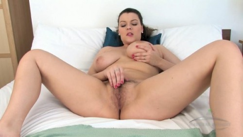 mp4 video First time throat mmf retro