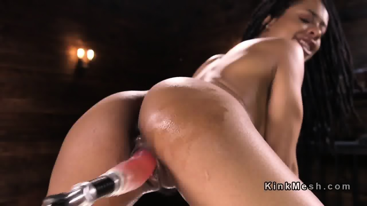 Gym pissing latex shared