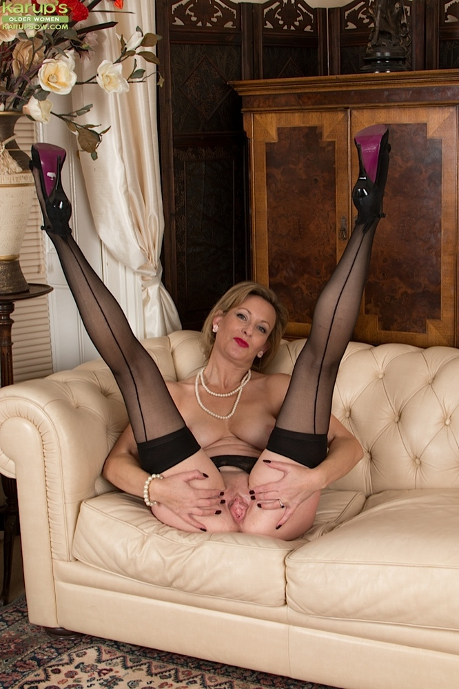 Hairy stockings horny old