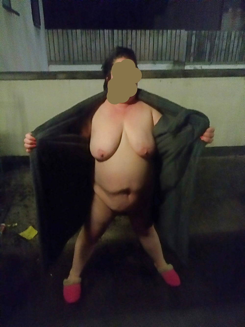 wife cumshot Outdoor bbw