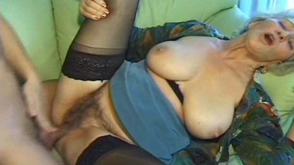 Double blowjob missionary solo fisting