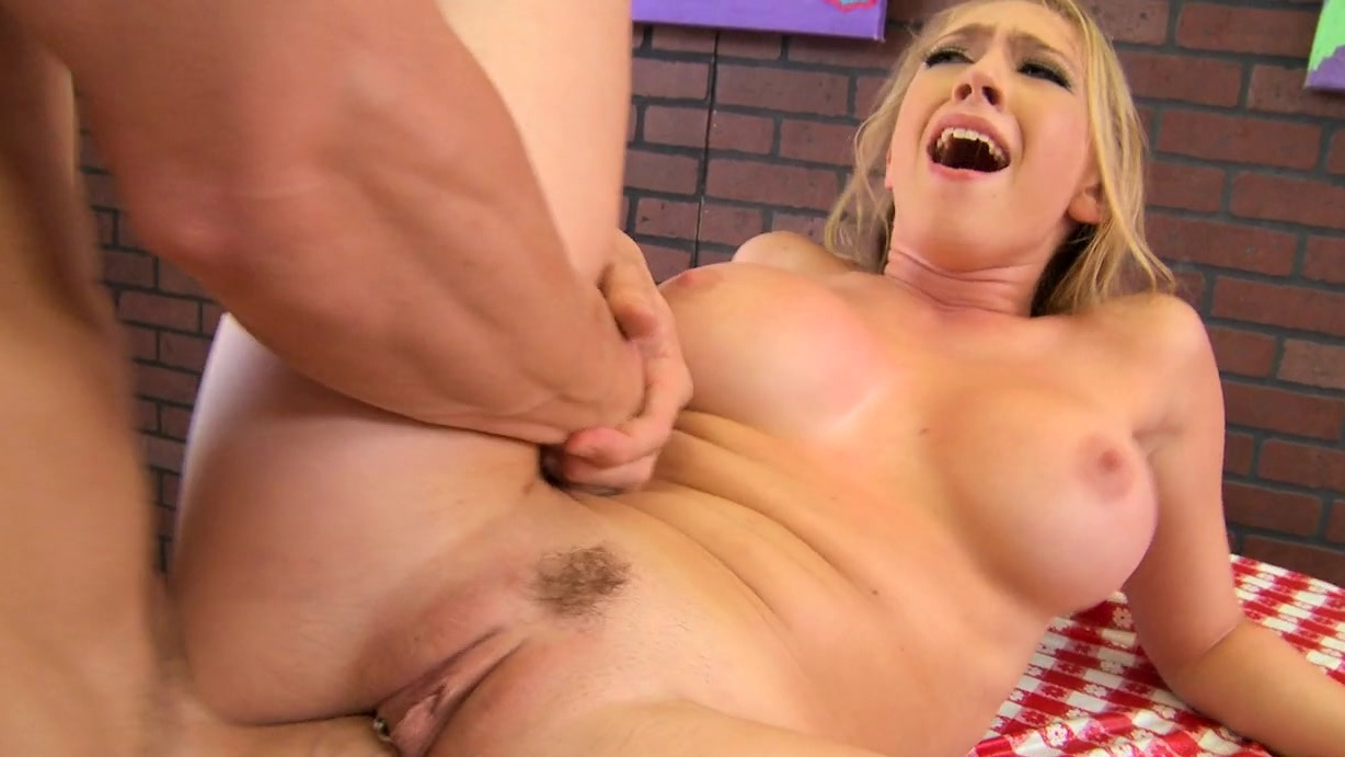 Aboulissan recommend Sexy footjob mmf dyke